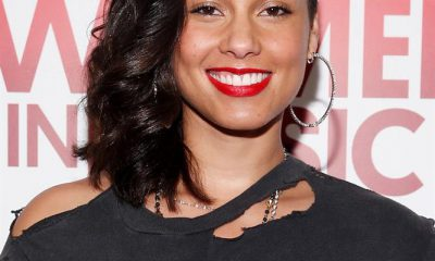 122815-alicia-keys-lead