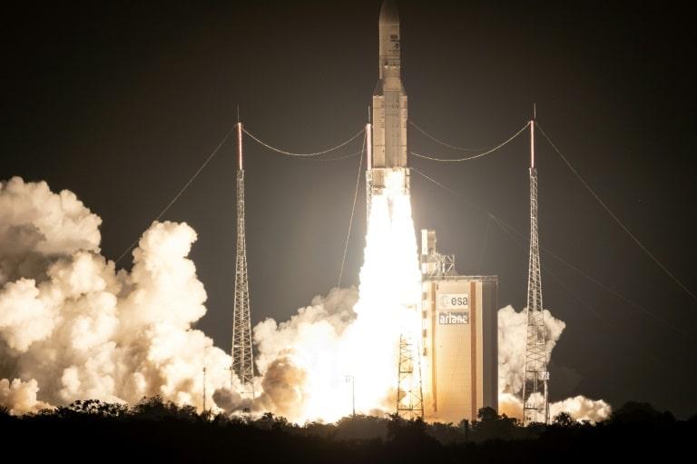 La lanzadera europea Ariane 5-min