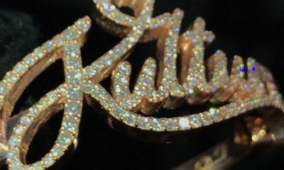 La pequeña hija de Cardi B usa brazalete de diamantes