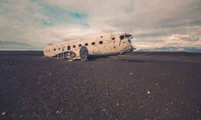 ¿Sabías que abandonaron un avión en Islandia?