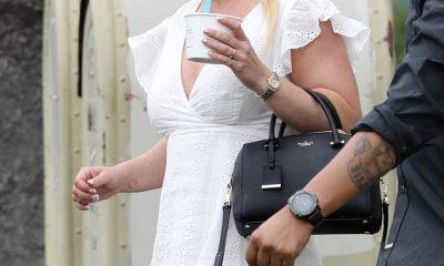Britney Spears paparazzeada comprando helado