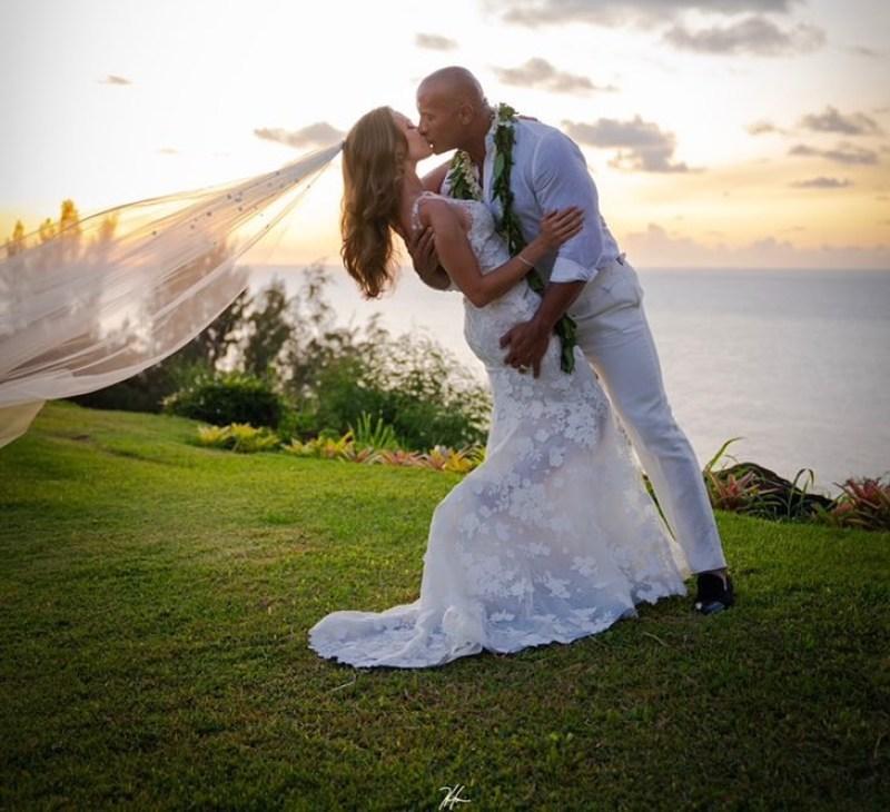 Dwayne Johnson se casó