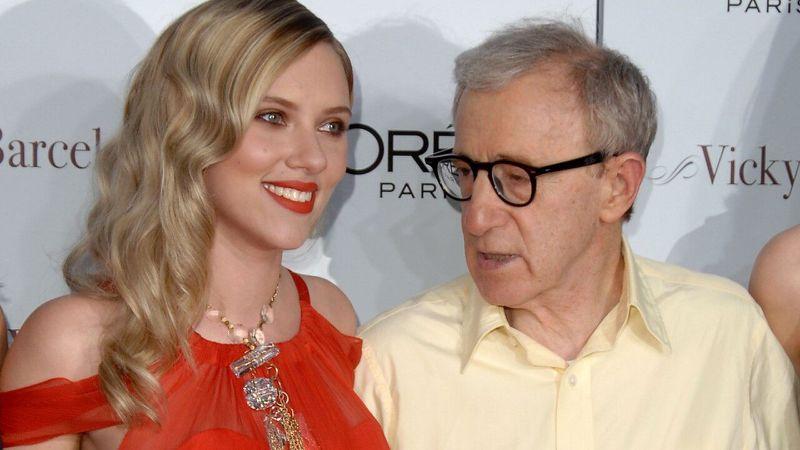 Scarlett Johannson ama a Woody Allen