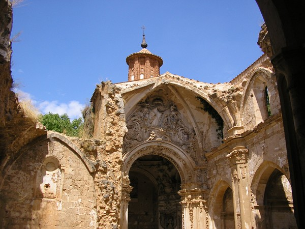 ¿Sabías que el monasterio de piedra ahora es hotel?