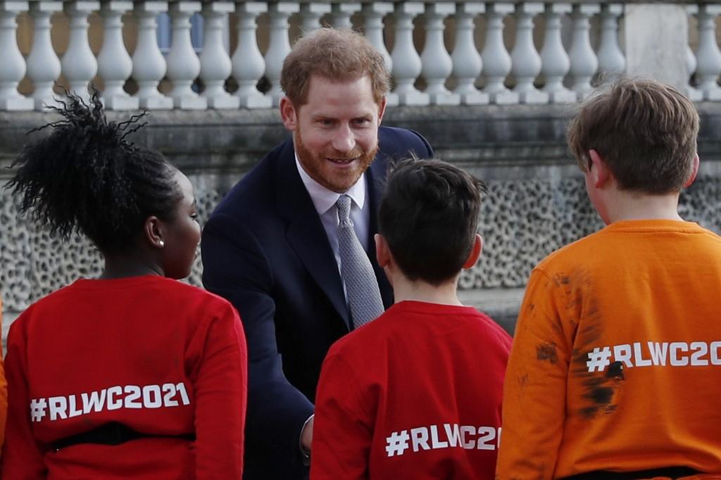 Príncipe Harry reapareció tras renuncia a la Familia Real