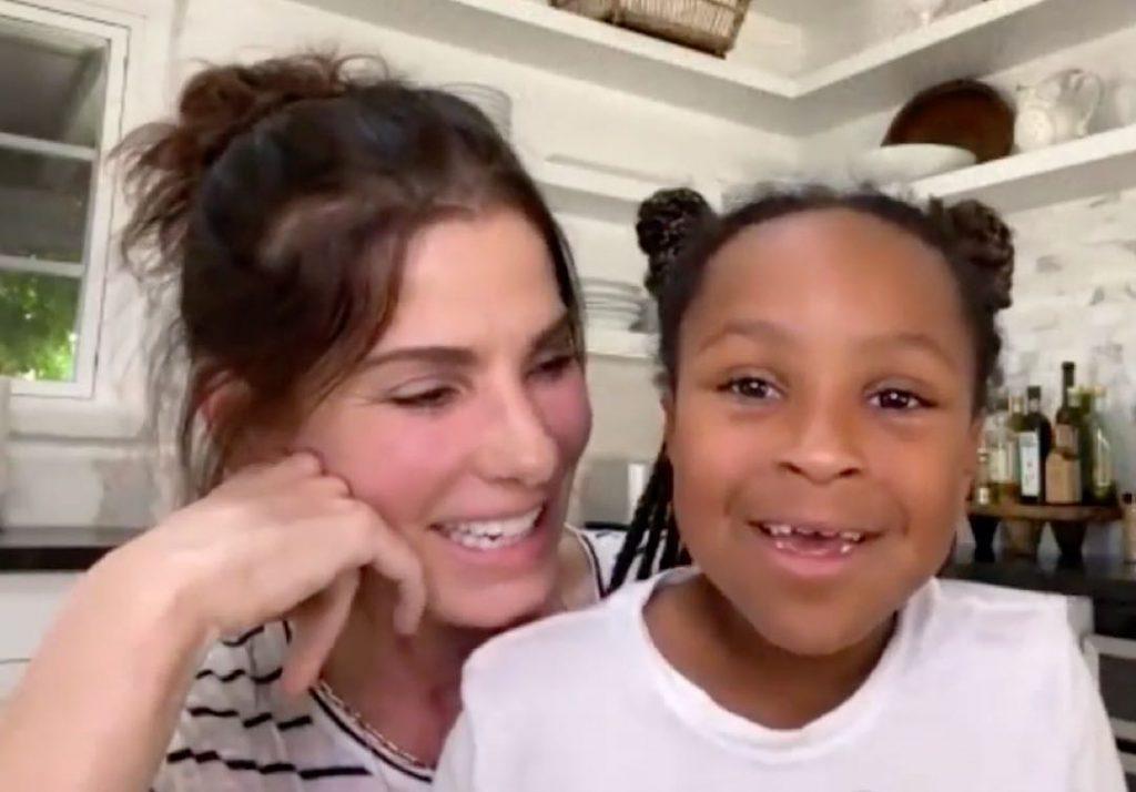 Sandra Bullock presentó a su hija adoptiva