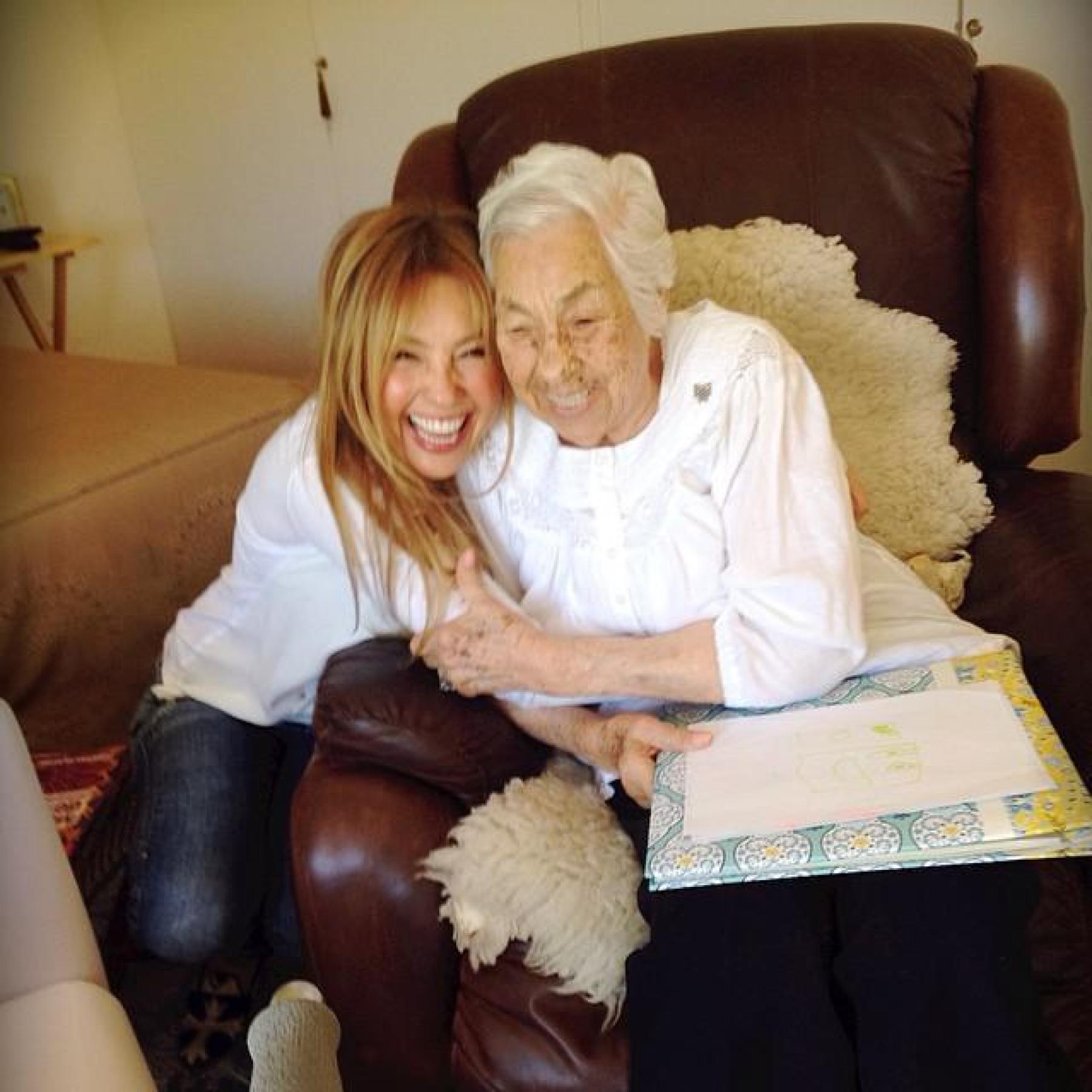 Thalía habla de su abuela maltratada en asilo