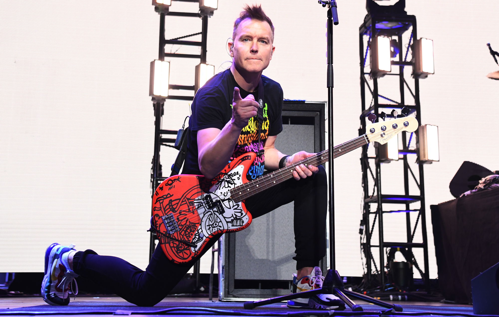 Mark-Hoppus-live-shot-Kevin-MazurGetty-Images-for-iHeartMedia